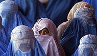 Afgan Kadınları Taliban Gölgesindeki İlk Günlerini Anlattı: 'Annemizi Yemek Pişirmediği İçin Öldürdüler'