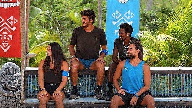 15. Yunan yarışmacılar ile ada dışında da görüşmüştür.