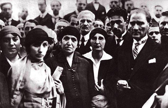 """Atatürk'ün telgrafa cevabı şöyledir: """"Bana yollamış olduğunuz cemilekâr sözler için size teşekkür ederim..."""