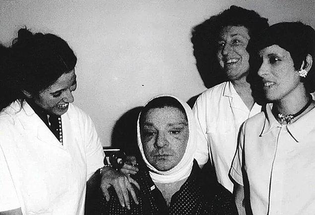 Ameliyatı dünyaca ünlü yıldızlar Elizabeth Taylor ve Sophia Loren'in operasyonlarını da yapan Dr. Rudolphe Troque gerçekleştirdi. Ancak Zeki Müren bu operasyondan öylesine korkmuştu ki, çok sevdiği anneciğine operasyona girmeden önce bir de mektup bırakmıştı.