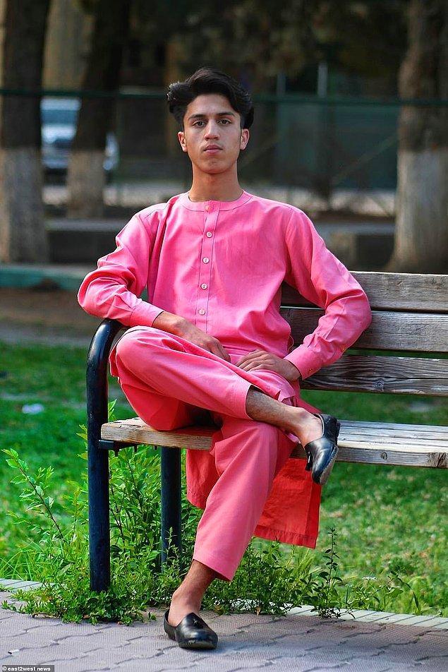 """Anwari'nin bir arkadaşı: """"Kardeşimdi. Onunla unutamayacağım anılar yaşadım. Tarif edilemez kaybı beni derinden üzüyor."""""""
