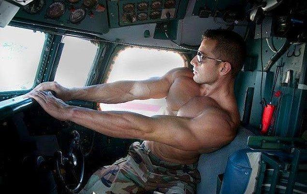 Şehvetli pilot!