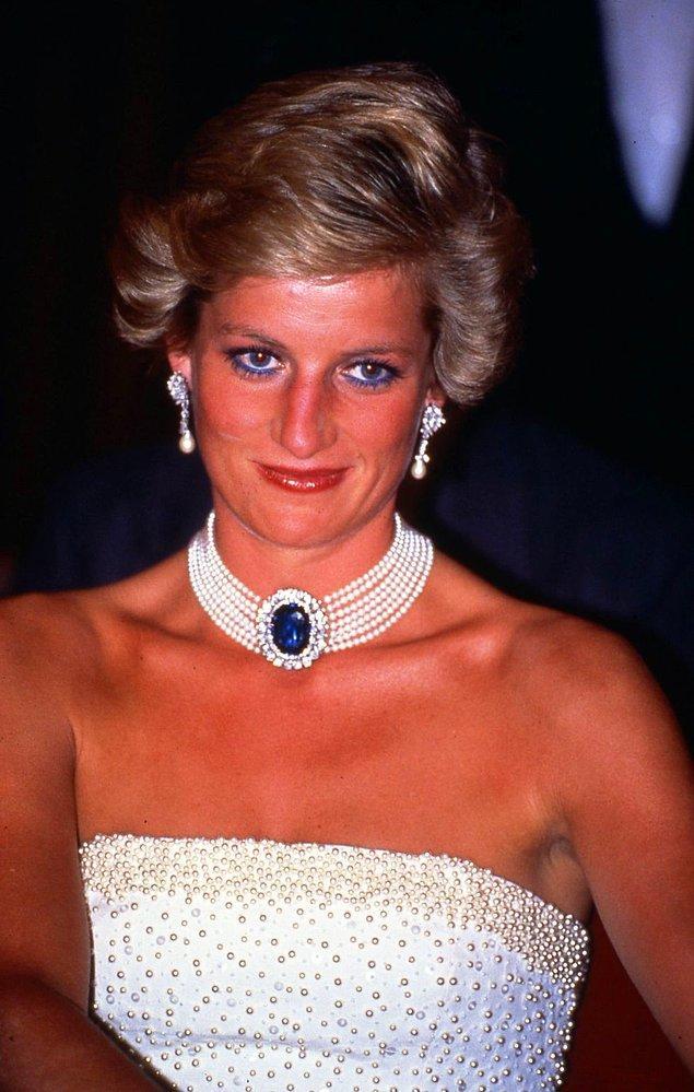17. Prenses Diana'nın inci gerdanlığı.