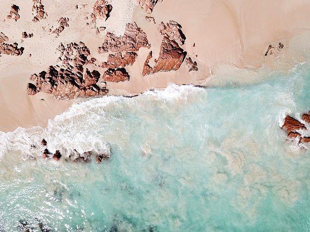 15. Avustralya'da her gün bir plaja giderseniz ülkedeki tüm plajlara gitmeniz 30 yıldan fazla sürer.