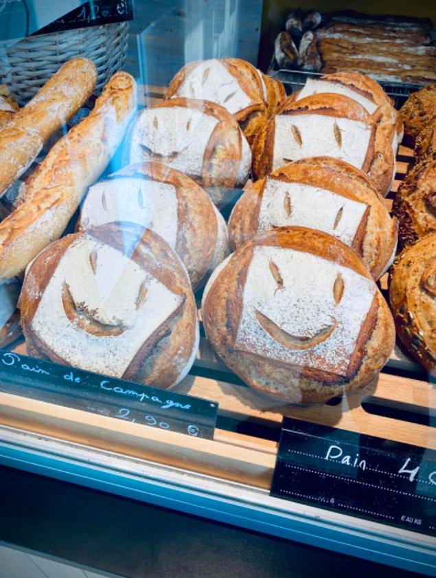 3. Bu ekmekler fazla mutlu.