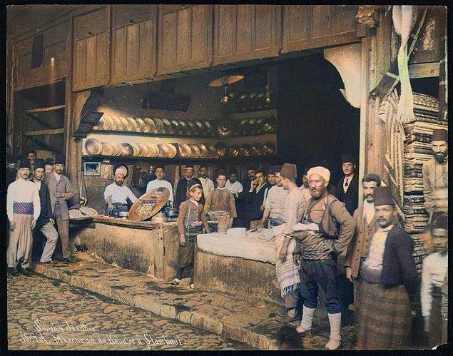 23. Bir kebapçı, İstanbul, 1884.