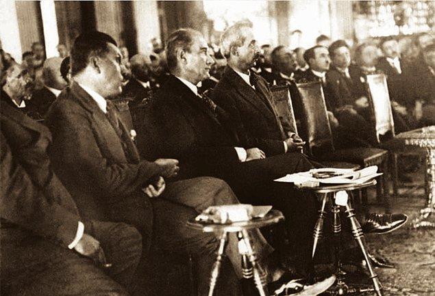 4. 30 Ağustos 1928, basın temsilcilerine demeci: