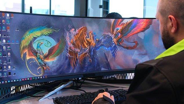 Başlangıçta oyun bilgisayarı olarak üretilmese de bilgisayarlar güçlü olduğu için oyun bilgisayarı olarak bilinmiş oldu.