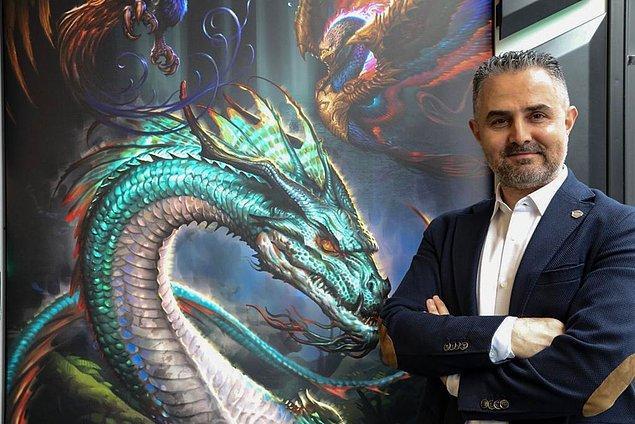 Tüm zorlukları bir şekilde atlatarak şu anda Türkiye'nin en başarılı bilgisayar firmalarından birini kurmayı başardı…