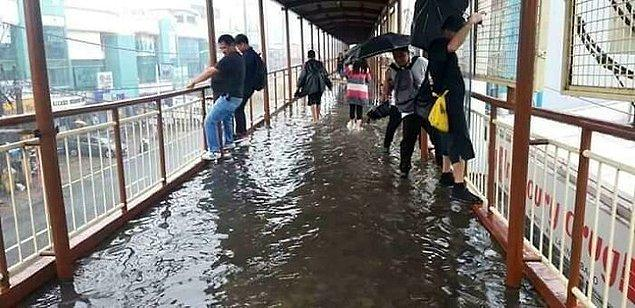 22. Bir üst geçit köprüsünü nasıl su basabilir?