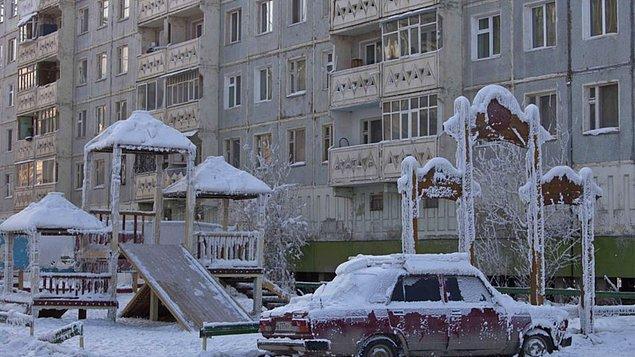 4. Oymyakon (Rusya)