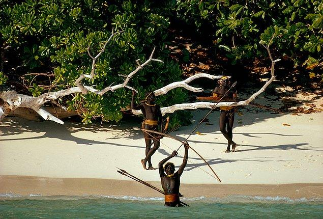 6. Kuzey Sentinel Adası (Hindistan)