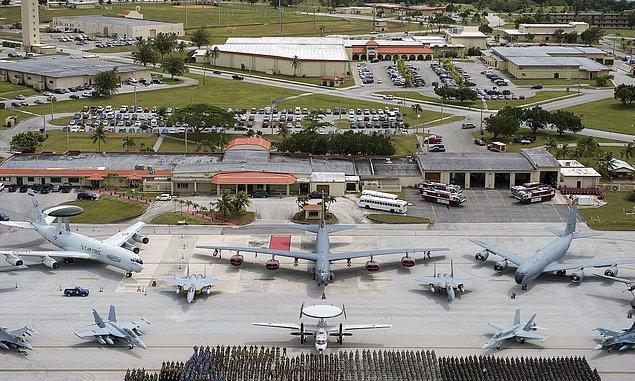 ABD Guam'ı askeri üs olarak kullanıyor.