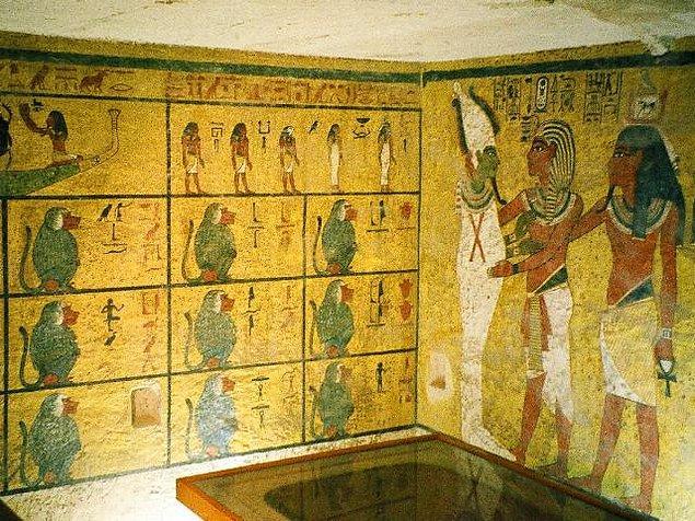 Mumya lanetinin kökeni Tutankamon'dan önceye dayanıyor.