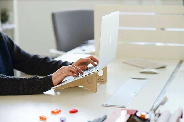 6. Çalışmayı kolaylaştıracak bir laptop standı.