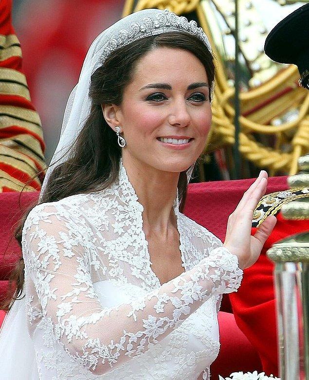 3. Kate Middleton'ın küpeleri