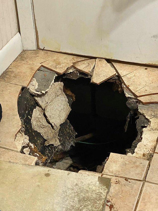 """11. """"Banyomuzun zemininde aniden koca bir delik açıldı..."""""""