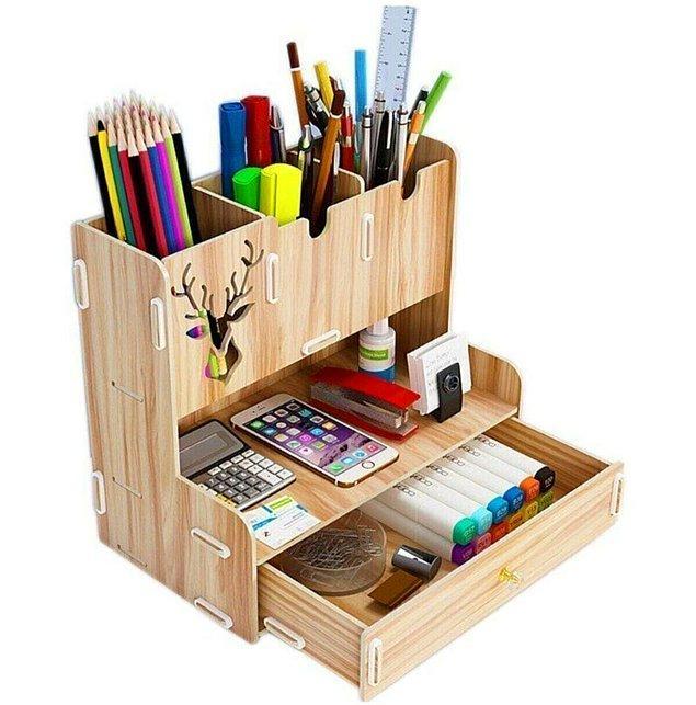 1. Kalemlerinizi ve çeşitli kırtasiye ürünlerinizi düzenleyecek bir kalemlik.