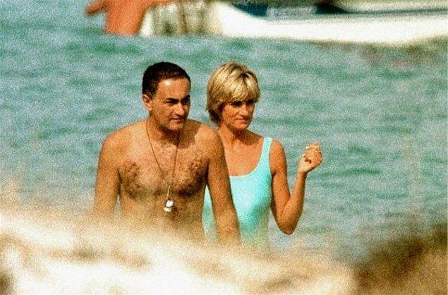 Khan'dan kalbi kırık bir şekilde ayrılan Diana en sonunda aradığı aşkı Dodi Al Fayed'le yaşamaya başladı.