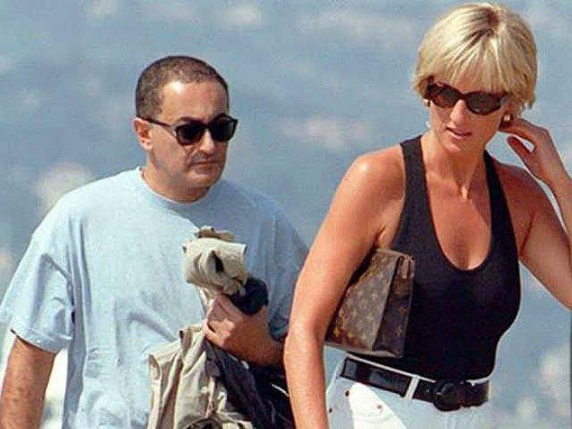 İkilinin ilişkisi mükemmel ilerlerken tatil için Paris'i tercih eden çift, Ritz Otel'den çıkarken ölüme gittiklerini bilmiyordu.