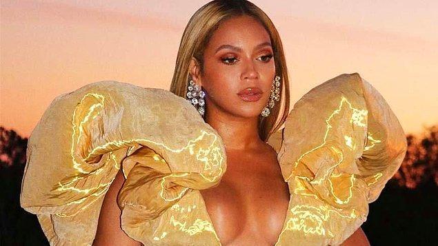 11. Beyonce, Bu durum çoğu insana garip geliyor farkındayım' diyerek halka açık alanlarda ilişkiye girmekten zevk aldığını söyledi.