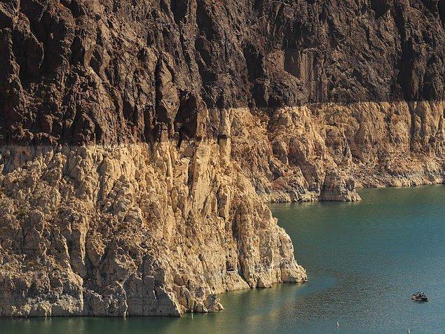 11. Amerika'nın Doğu tarafları gün geçtikçe su seviyesine yaklaşırken Mead Gölü kurumaya devam ediyor.