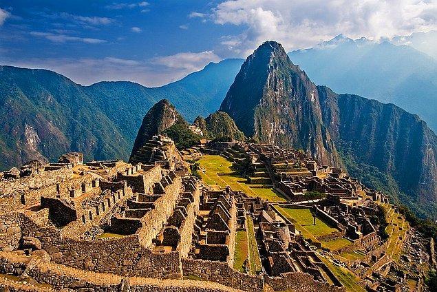 3. Machu Picchu - Cusco, Peru