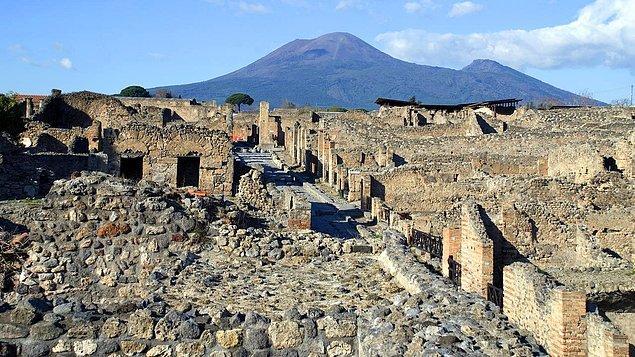 8. Pompeii - Napoli, İtalya