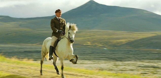 15. Hross í oss (Atlar ve İnsanlar) IMDb: 6.8