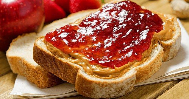 Fıstık ezmeli ve reçelli ekmek: 33 dakika 6 saniye