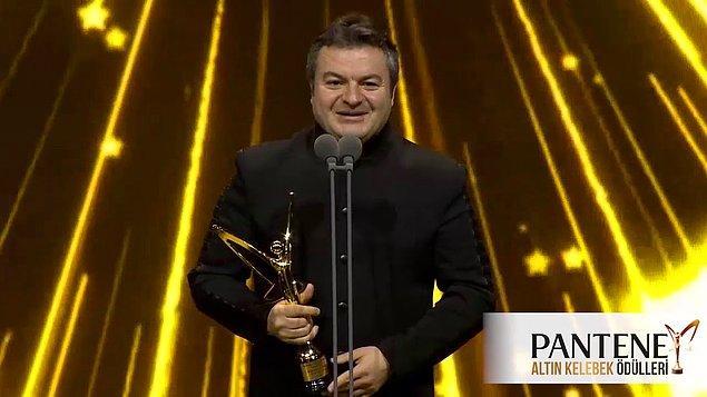 Tabii bu da yetmez… 2017 yılında da 44. Pantene Altın Kelebek Ödül Töreni'nde 'Güldür Güldür 'deki Şevket karakteriyle 'En İyi Komedi & Romantik Komedi Dizisi Erkek Oyuncusu' ödülüne layık görülmüştü.