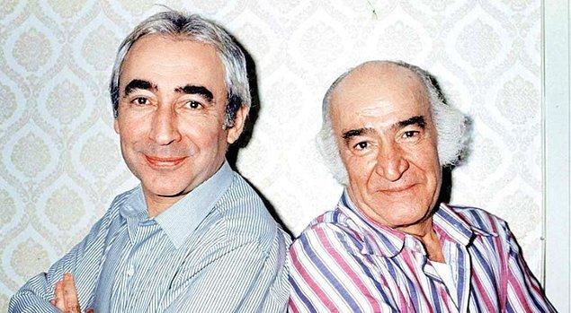 17. 7'den 70'e hepimizin gönlünde taht kuran Şener Şen, babası usta oyuncu Ali Şen ile hem 'Süt Kardeşler' hem de 'Banker Bilo' filmlerinde beraber yer aldı.