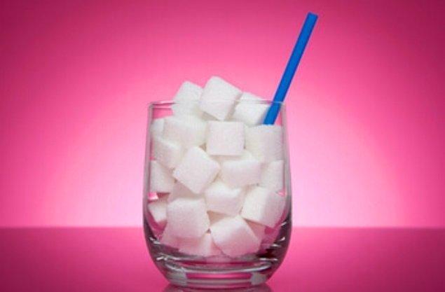 8. Şekerden ve şekerli içeceklerden uzak durun.
