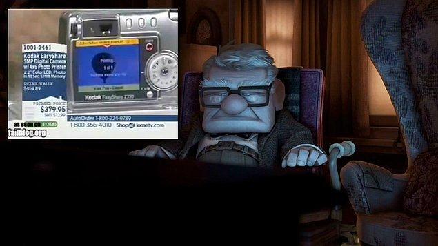 13. Up (2009) filminde televizyondan gelen ürün tanıtım reklam sesi gerçek bir reklama ait.