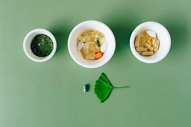 Çölyak hastalığının zorunlu tuttuğu çeşitli vitaminler ve diyet takviyeleriyle yaşamaya alışmalısınız.