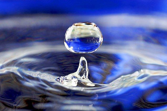 Suyu olmazsa olmaz yapan birkaç neden olsa da bunlardan en önemlisi eşsiz kimyasal özellikleri.