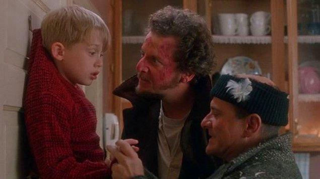 4. Home Alone (1990)