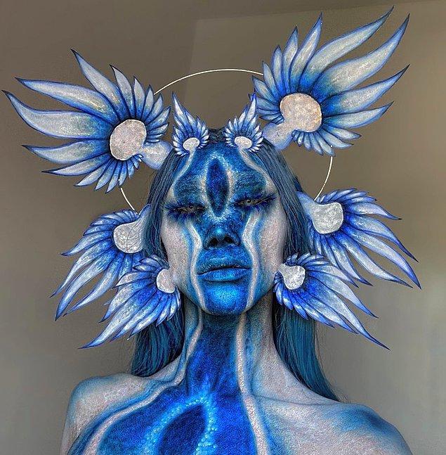 Drian genellikle hem doğal hem de doğaüstü motifleri, bazen de mitolojik karakterler kullanıyor sanatında. 😍