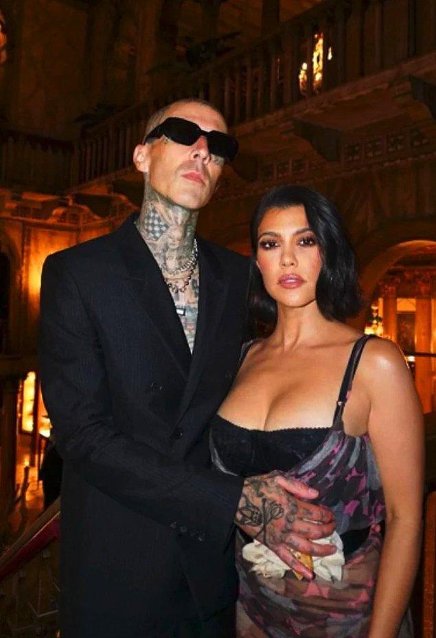 Bu ayrılığın ardından Kourtney Kardashian mutluluğu Travis Barker'da buldu ve yeni bir aşka yelken açtı...