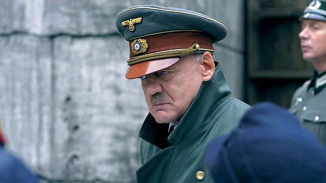 18. Der Untergang (2004)