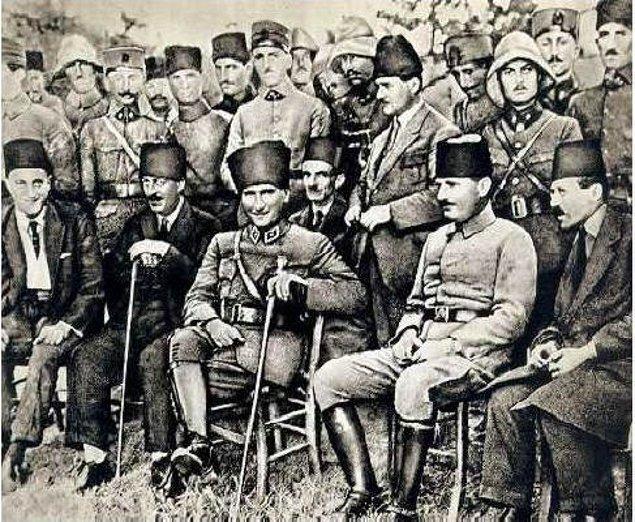 Yemen'den hemen sonra sırasıyla Trablusgarp ve Balkan savaşlarına katılmış, kahramanlıklarıyla adından söz ettirmiş.