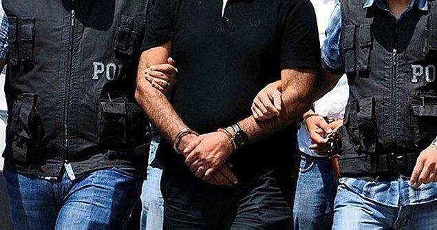 Adresleri belirlenen şüphelilerin yakalanması için harekete geçen polis, yapılan baskında Y.B.'yi yakaladı.