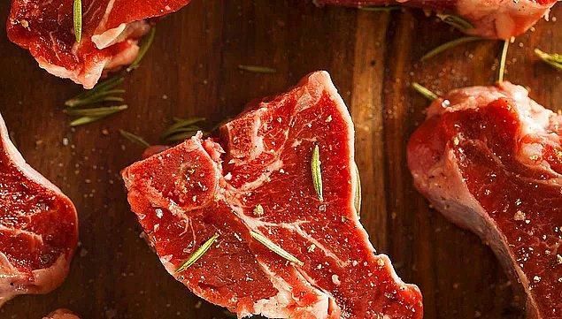 Ölçülü bir şekilde et tüketmeli ve yanında muhakkak sebze yemelisiniz.