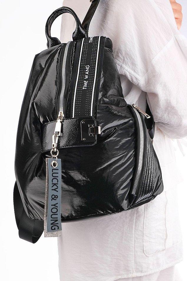 Günlük olarak kullanabileceğiniz şık bir sırt çantası için; 👇