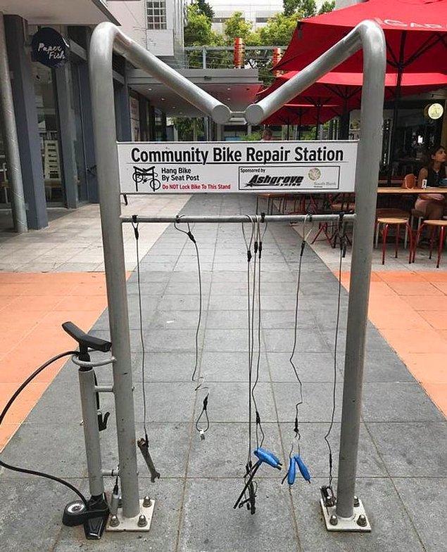 4. Ayrıca ülkenin bazı yerlerinde bisiklet onarma alanları bulunuyor.