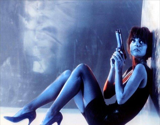 41. La Femme Nikita (1990)