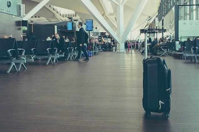 15. Daha önce de bahsettiğimiz gibi, valizinizi hafif eşyalarla doldurmaya çalışın ve valiz seçiminizi iyi yapın.