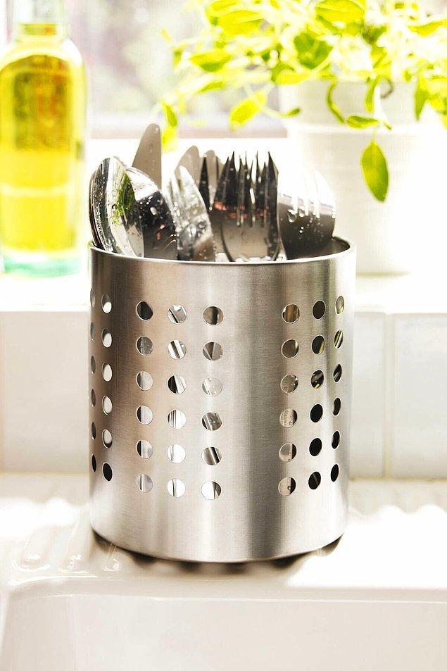 10. Ikea paslanmaz çelik çatal bıçaklık uygun fiyatıyla en çok tercih edilenlerden.