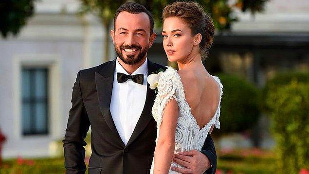 Güzel oyuncu Bensu Soral ile iş insanı Hakan Baş, 2018 yılında görkemli bir düğünle dünyaevine girmişler ve bu yüzden de günlerce konuşulmuşlardı.