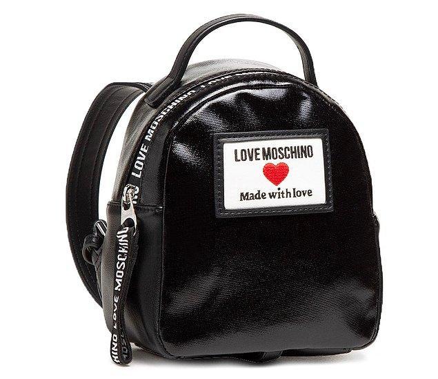 7. İkonik tasarımlara sahip Love Moschino çanta modellerine aşık olacaksınız!😍